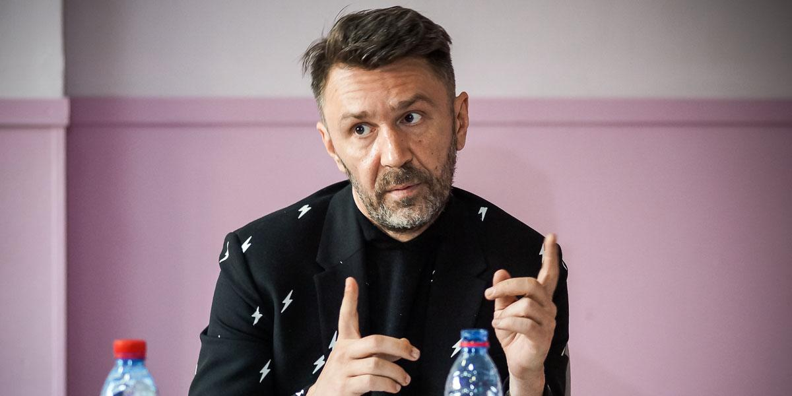 Шнуров отреагировал на запрет продажи алкоголя в жилых домах