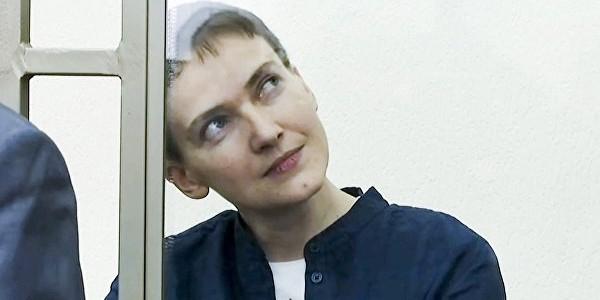 Суд снял с Савченко часть обвинений