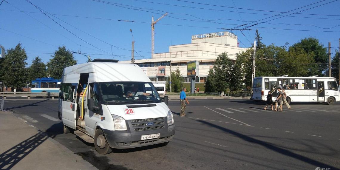 В Иванове полицейский высадил из маршрутки ребенка без маски