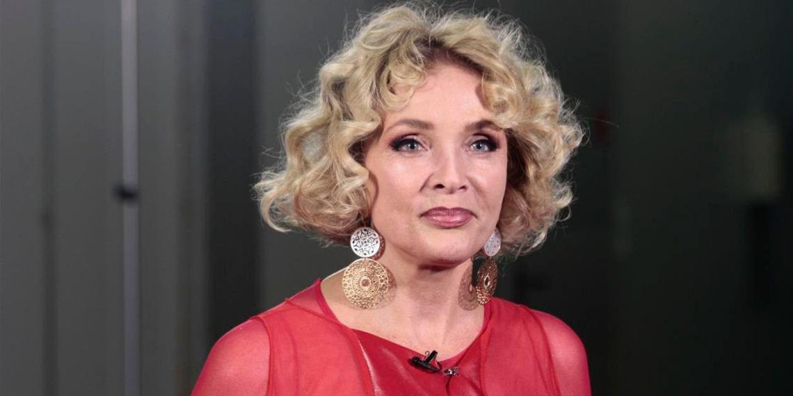 Совет при МВД попросил проверить концертную деятельность Вайкуле в России