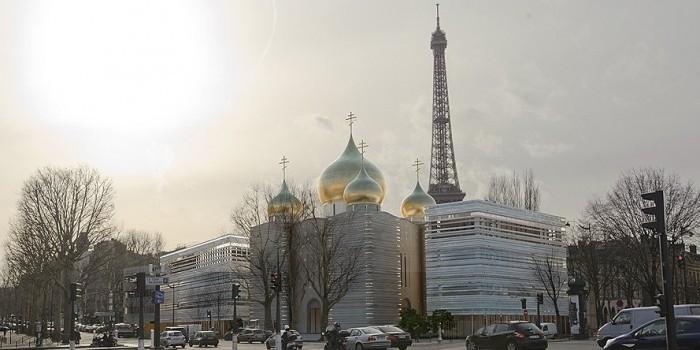 """Акционеры """"ЮКОС"""" инициировали арест территории православного центра в Париже"""