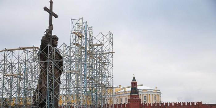Путин откроет памятник князю Владимиру в Москве