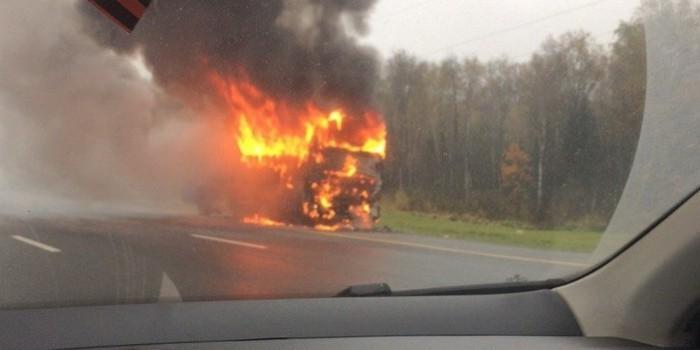 В Подмосковье водитель спас 45 детей перед пожаром в автобусе