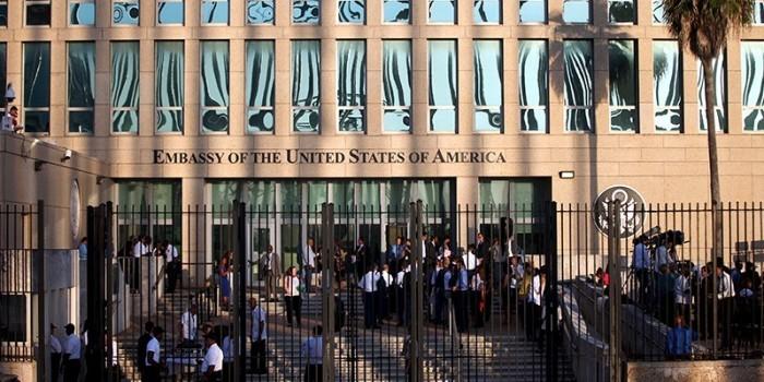 """США заявили об """"акустической атаке"""" на своих дипломатов на Кубе"""