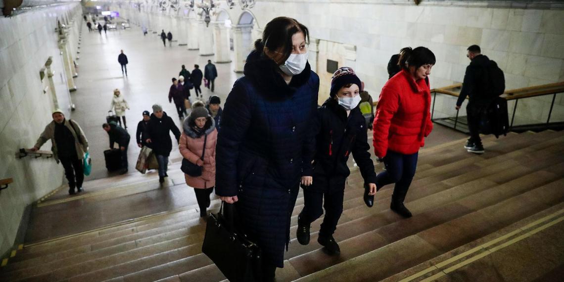 В России за сутки выявлено 440 новых больных коронавирусом