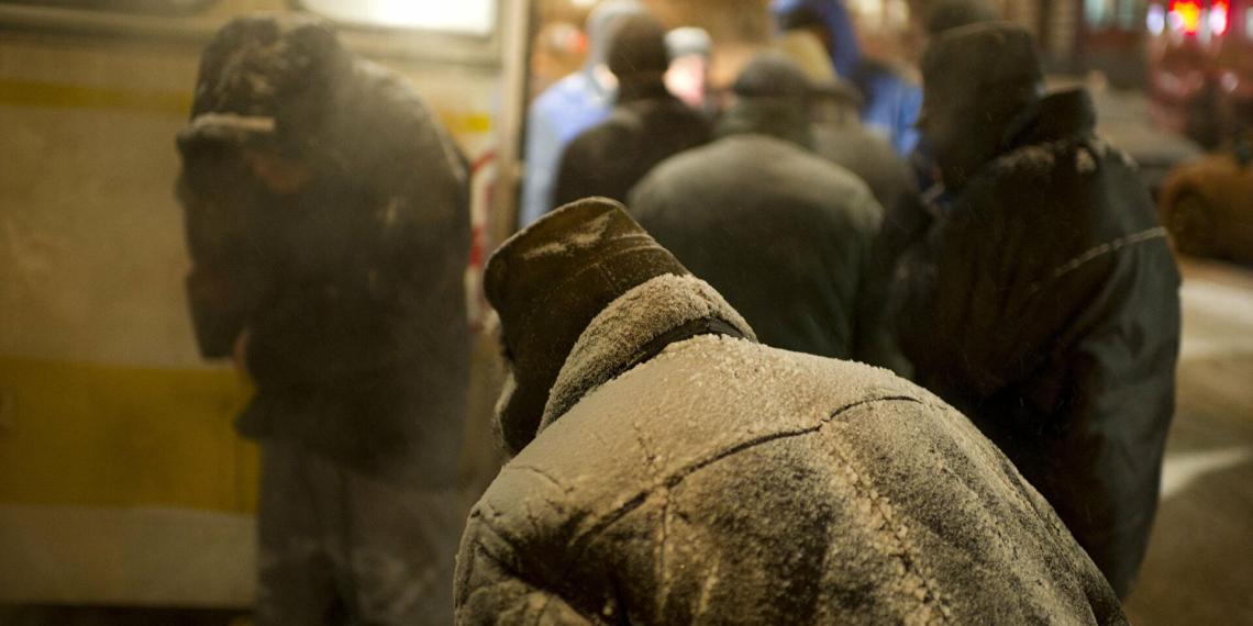 Голикова планирует внести в реестр всех бездомных