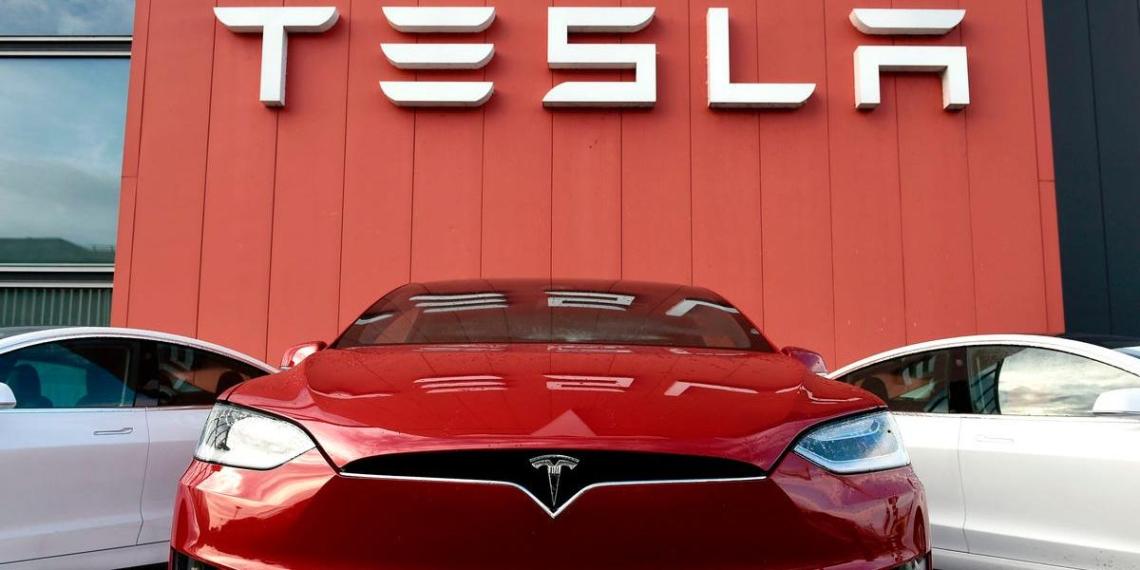 Илон Маск назвал главных конкурентов Tesla