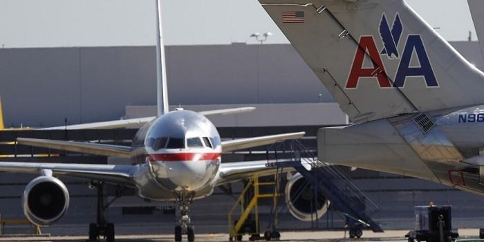 Авиакомпании пришлось отменить рейс после того, как один пассажир испортил воздух