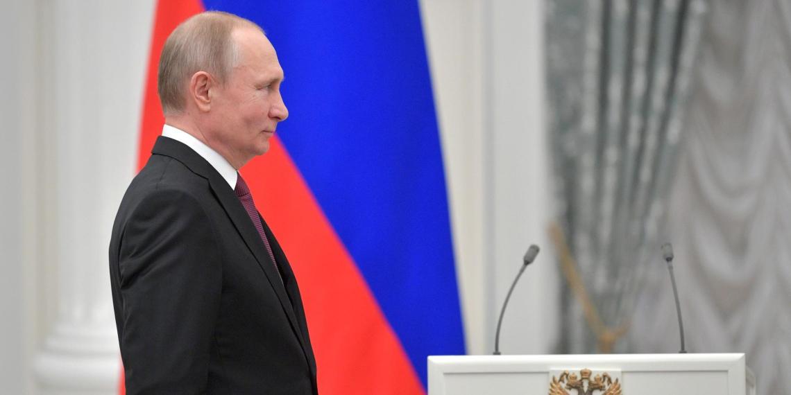Рейтинг доверия Путину вырос до 73,3%