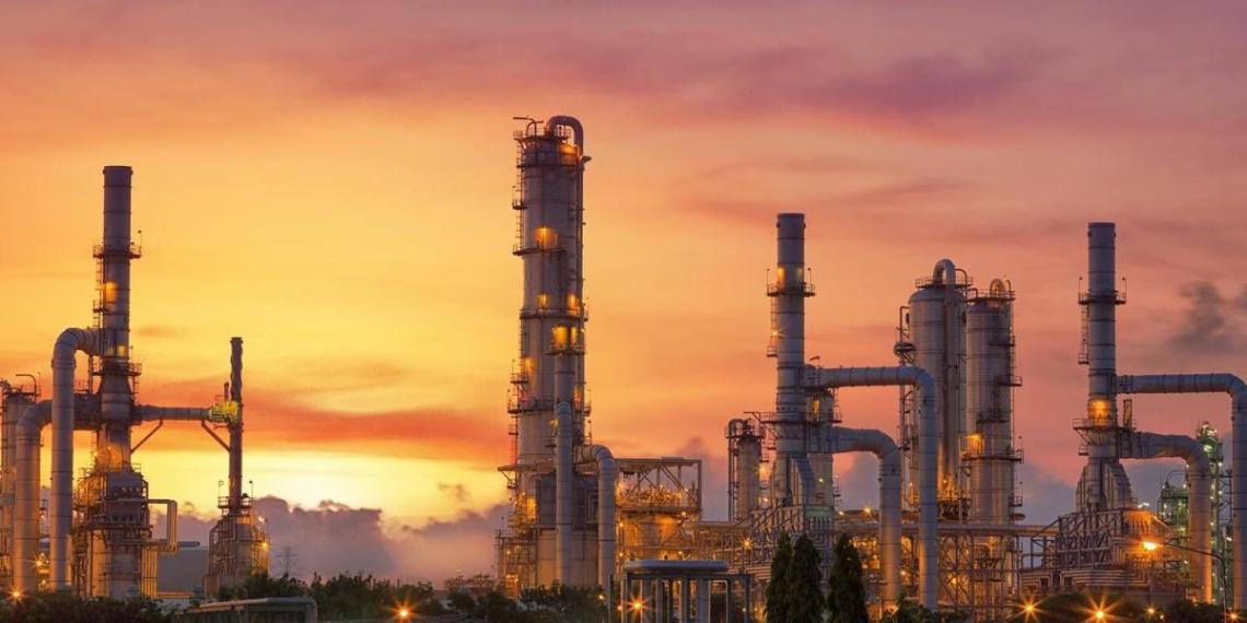 Кремль заверил в выгоде сокращения нефтедобычи для России