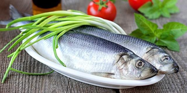 Селедка оказалась самой любимой рыбой у россиян
