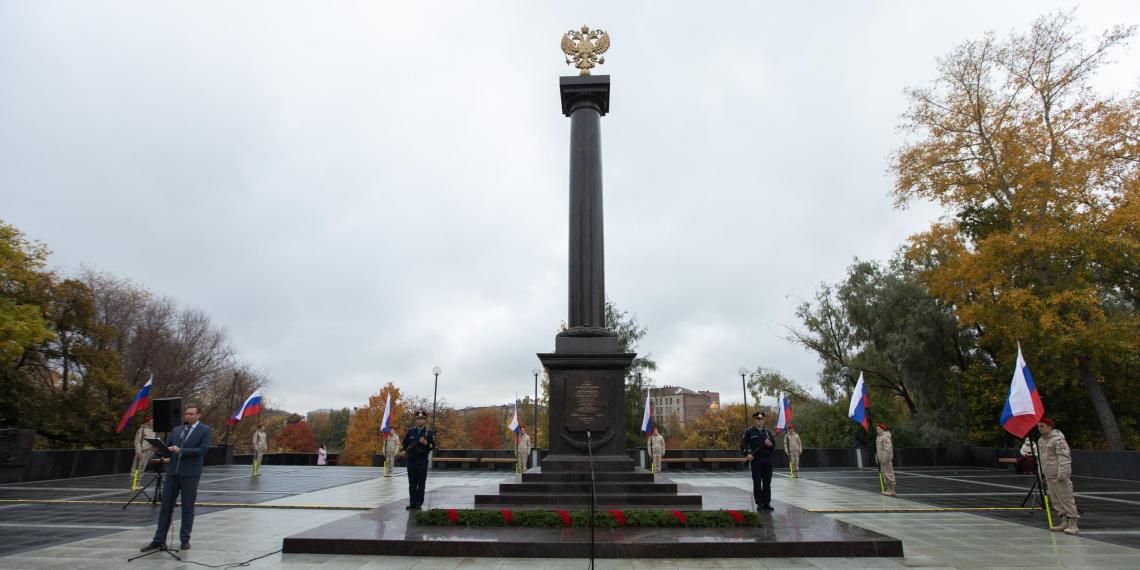 Ошибки на карельском военном памятнике за 80 млн рублей объяснили видением художника