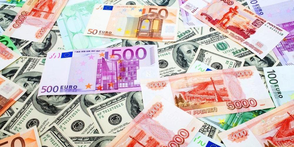 Резервы России в августе могут побить исторический рекорд
