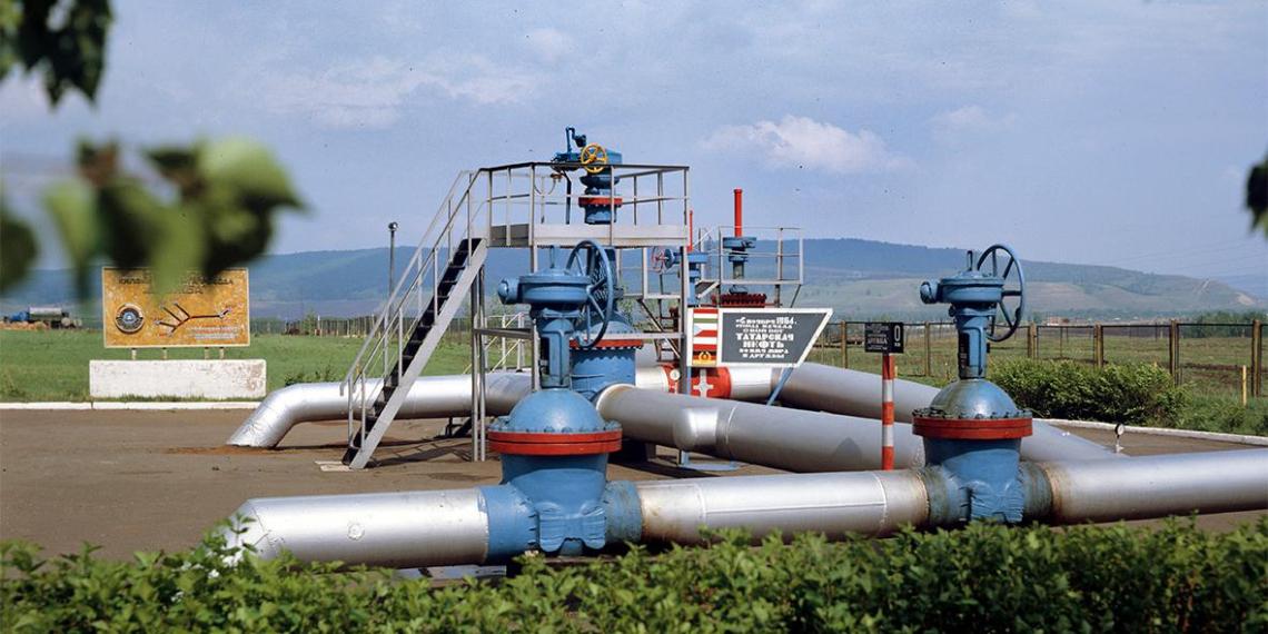 Белорусские заводы подписывают с Россией контракты на поставку нефти по $4 за баррель
