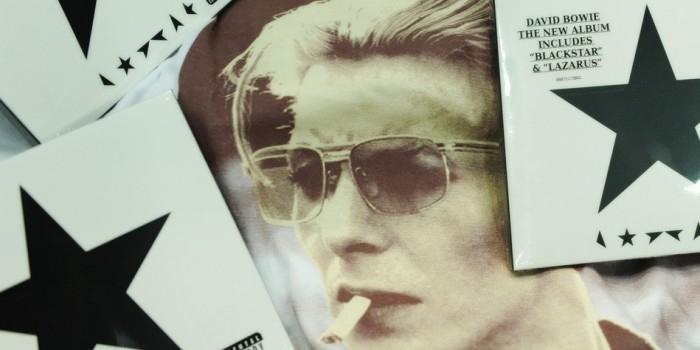 Альбом Дэвида Боуи впервые возглавил чарты в России и США