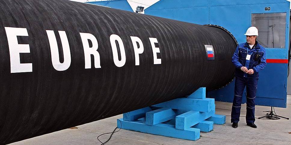 """""""Газпром"""" нашел виновных в обвале цен на газ в Европе"""