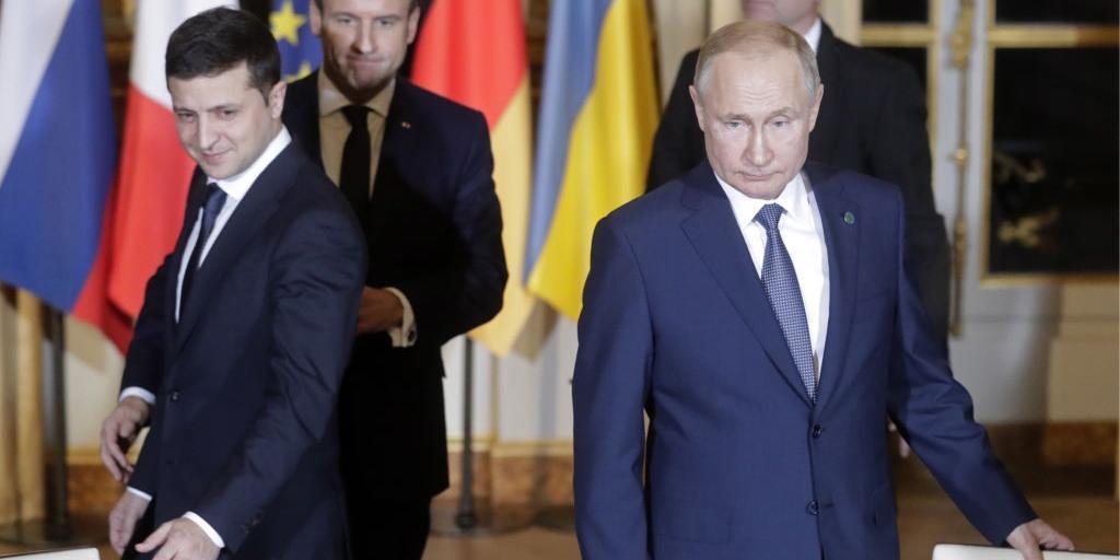 """Путин потребовал от Зеленского ответа о выполнении """"Минска-2"""""""