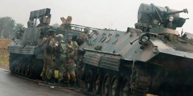 Армия Зимбабве взяла под охрану президента Роберта Мугабе