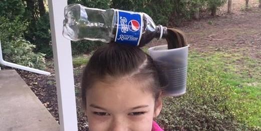 Новый тренд соцсетей: детские прически в виде газировки из волос