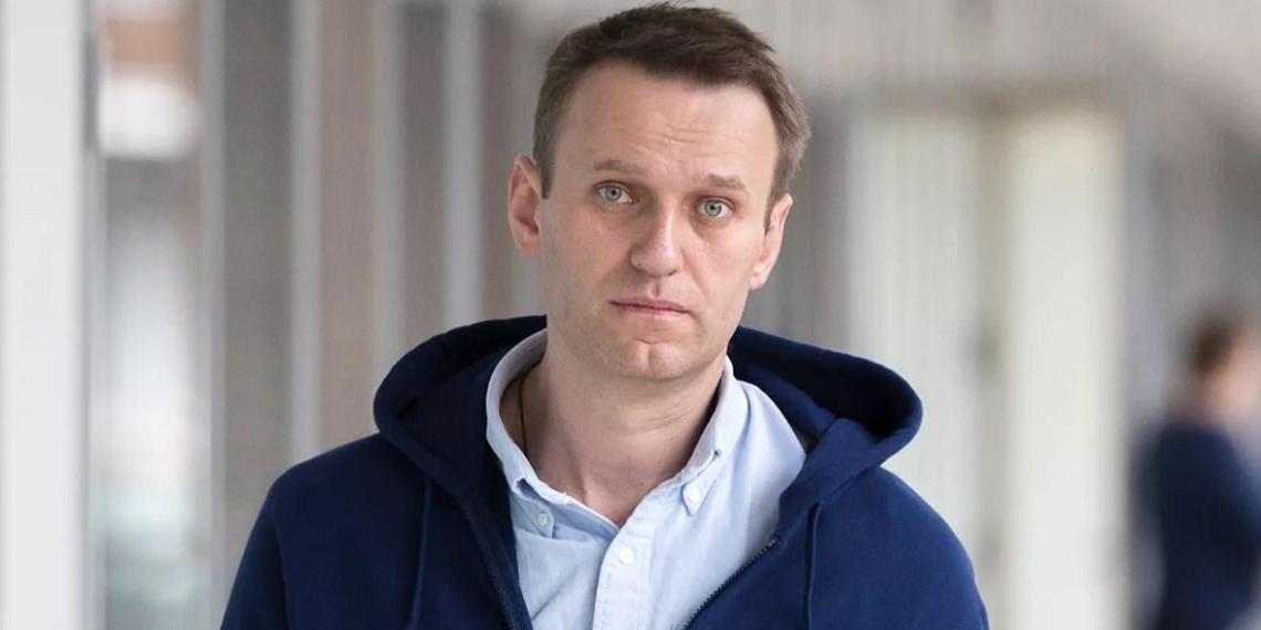 Итальянский эксперт: Навальный продолжает определять отношения между Москвой и Брюсселем