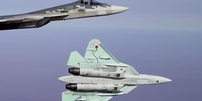 Опубликовано видео полетов Су-57 на предельных режимах