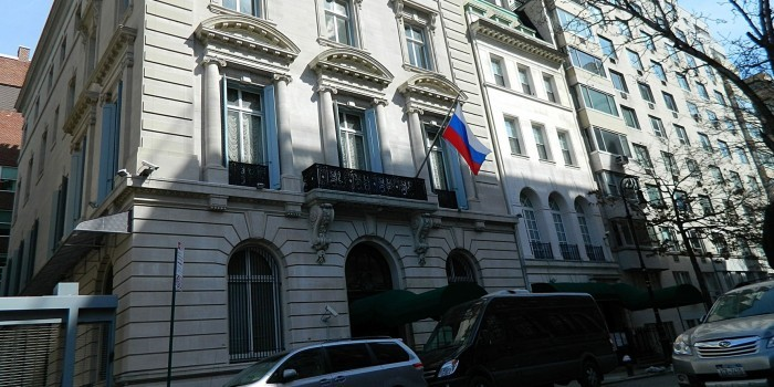 США могут закрыть одно из генконсульств России на своей территории