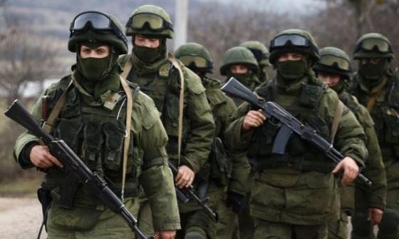 """Экс-командующий ЧФ рассказал об операции """"вежливых людей"""" в Крыму"""