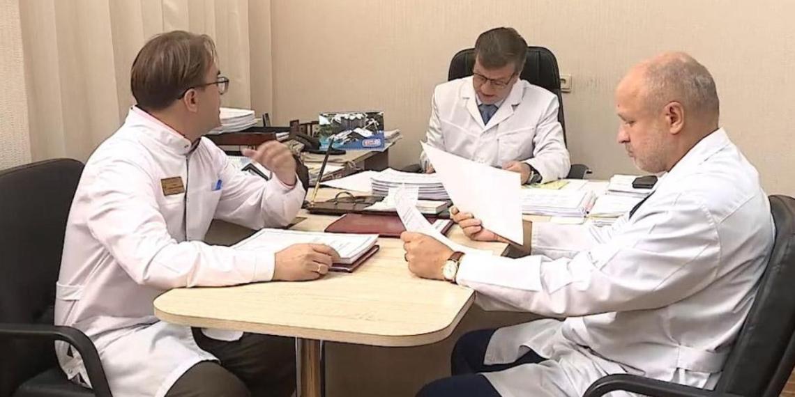 Омские медики достойны благодарности за спасение Навального - Ассоциация заслуженных врачей