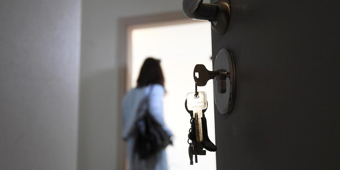 Юрист рассказал о схемах принудительного вселения в чужие квартиры