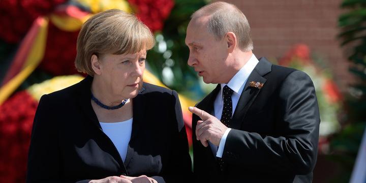 Путин предложил Меркель расширить возможности размещения миротворцев ООН в Донбассе