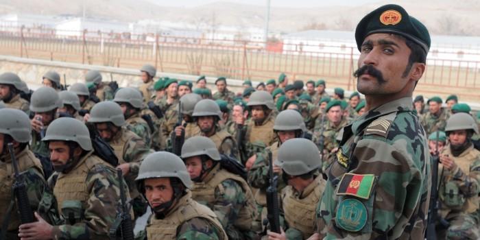 Афганский солдат открыл огонь по американским военным