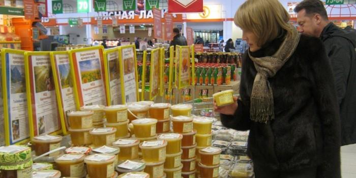 Российские пчеловоды намерены заменить импортные сладости медом