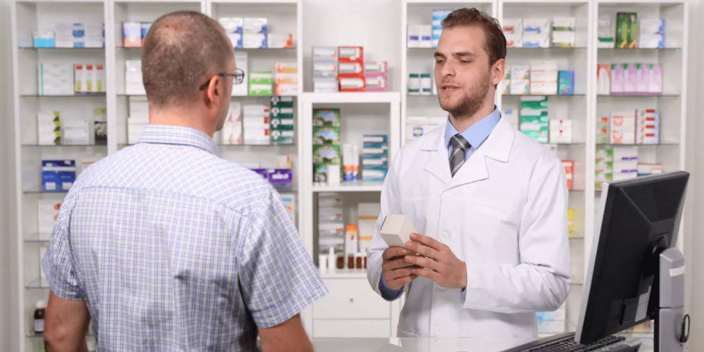 """""""Все уделано!"""": сибиряк забрызгал фекалиями аптеку, где ему не продали лекарства без рецепта"""