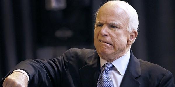 Маккейн отказался от приглашения Плотницкого приехать в Луганск