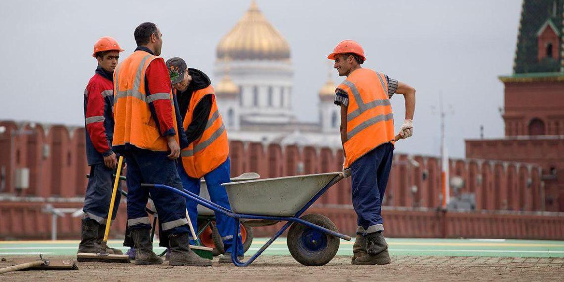 Узбекистан направит пробную партию мигрантов в Россию уже к середине января