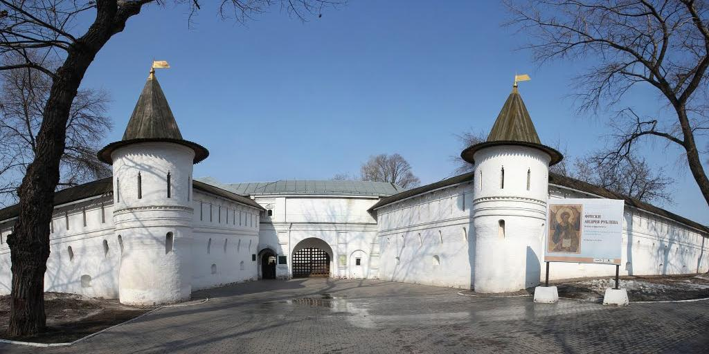 Патриарх просит передать РПЦ Спасо-Андроников монастырь и музей Андрея Рублева