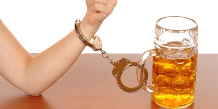 Ученые выяснили, что европейцы унаследовали алкоголизм от неандертальцев