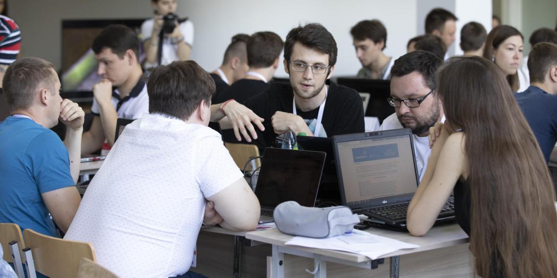 """В финал конкурса """"Цифровой прорыв"""" вышли еще 84 команды"""