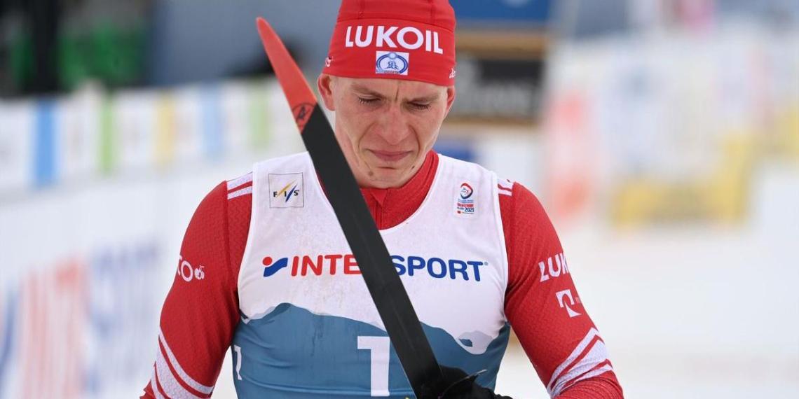 Большунов ответил норвежцам на обвинения после инцидента на ЧМ