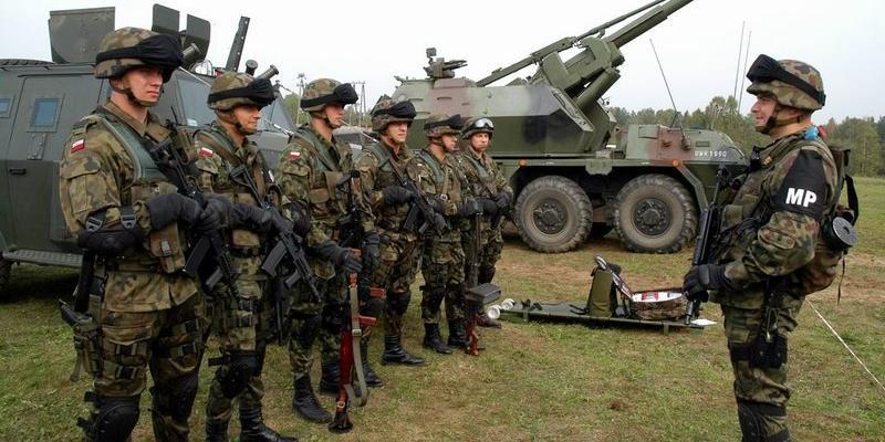 Польская армия умудрилась проиграть виртуальному противнику на штабных учениях