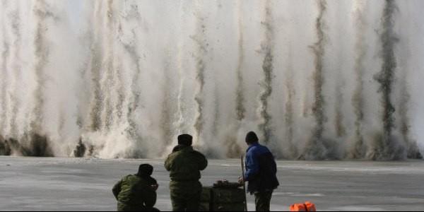 Губернатор Вологодской области попросил ВКС начать бомбардировки ледяных заторов