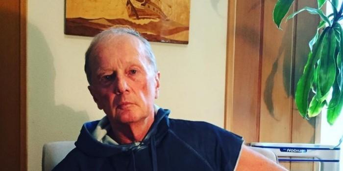 """СМИ: Михаил Задорнов отчаялся бороться с раком и """"тает на глазах"""""""