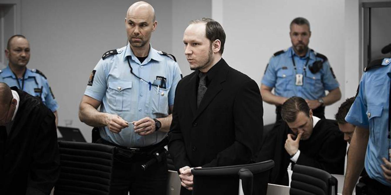 Норвежский суд рассмотрит досрочное освобождение Брейвика
