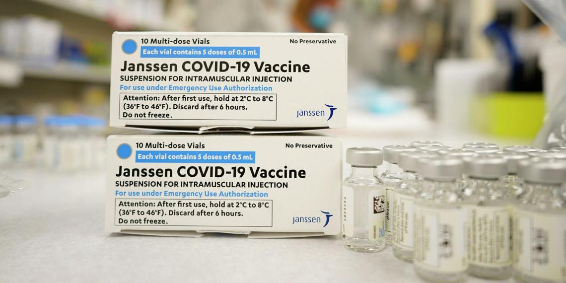 США рекомендовали прекратить вакцинацию препаратом от Johnson & Johnson