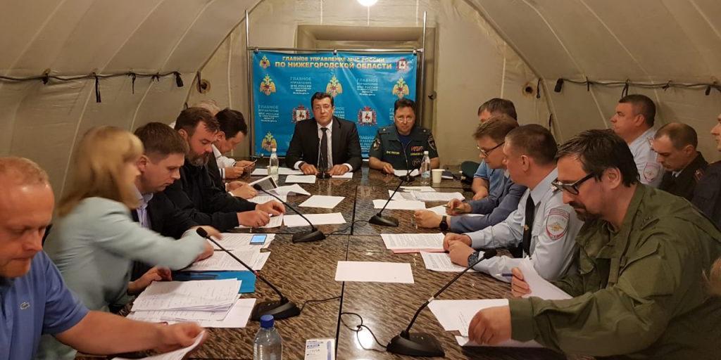 Никитин: все выбитые в детсадах и школах Дзержинска стёкла заменят за сутки