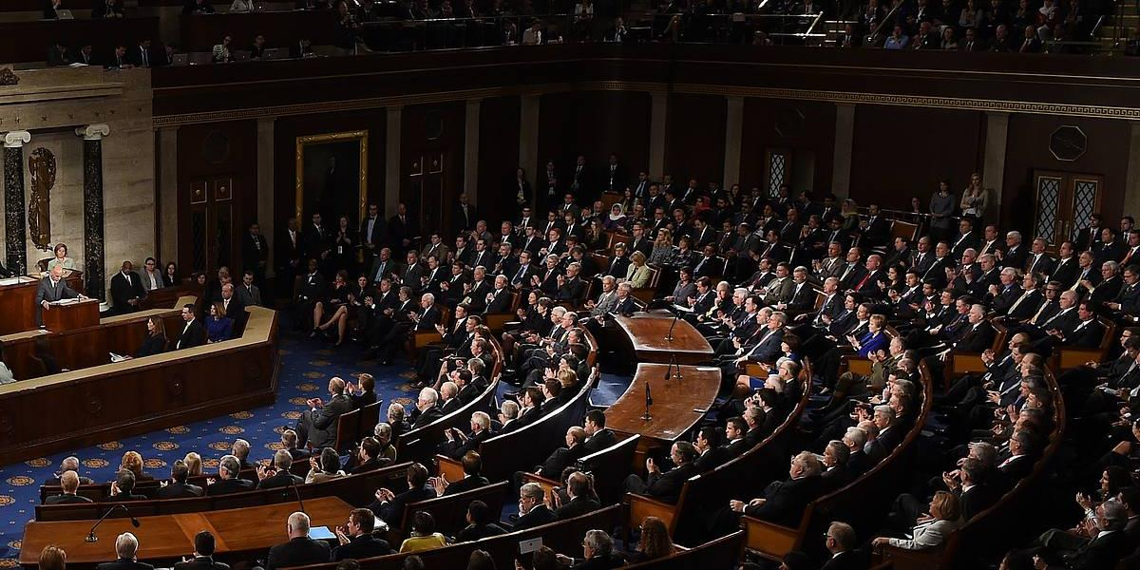"""""""Типичный шакал Табаки"""": Ремесло рассказал о слушаниях в Конгрессе США, которых стыдится Навальный"""
