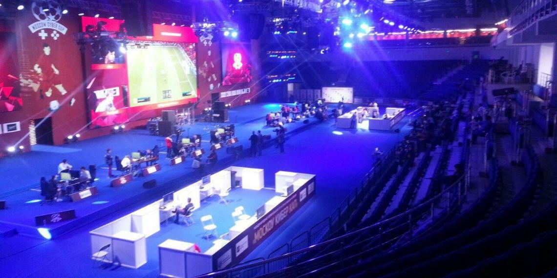 Власти Москвы выделили на киберспортивный турнир 37 млн. На него пришли 10 человек