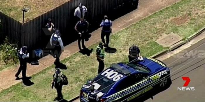 Австралийские полицейские 7 часов осаждали пустой дом