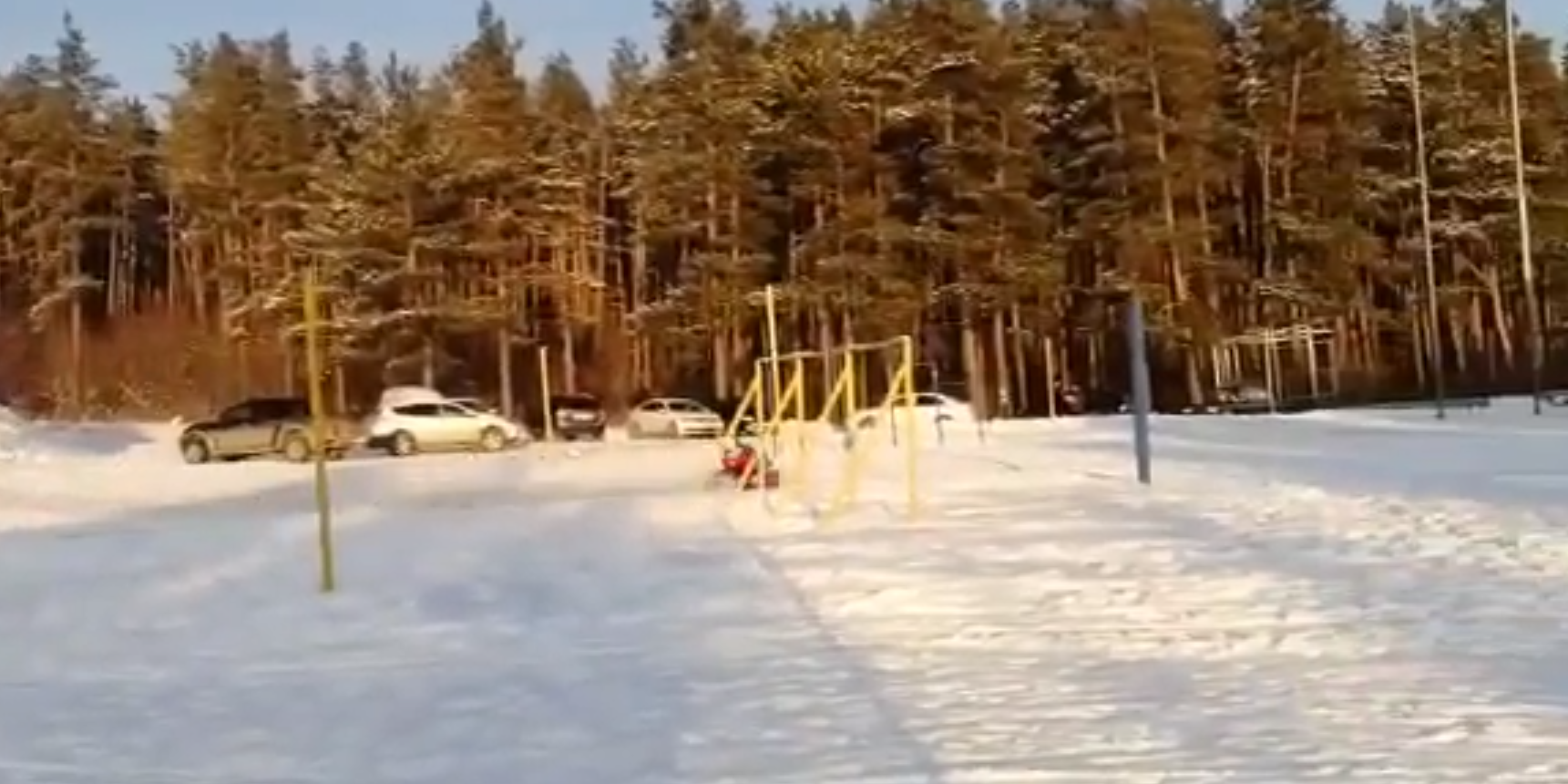 В Татарстане девушка разбилась о столб во время катания на тюбинге