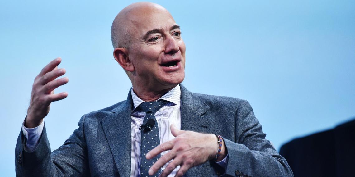 Глава Amazon продал акции своей компании на 6,7 миллиарда долларов